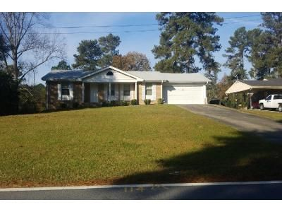 3 Bed 2.0 Bath Preforeclosure Property in Riverdale, GA 30296 - Walker Rd