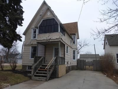 3 Bed 1 Bath Foreclosure Property in Port Huron, MI 48060 - 15th St