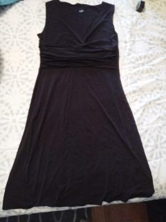 Olian size L maternity black dress. Excellent condition. For dressy occasion.