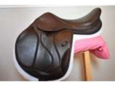 M Toulouse Marielle Monoflap Eventing Saddle with Genesis System