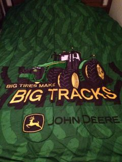 John Deere twin/full comforter (picture was taken on a full size bed)