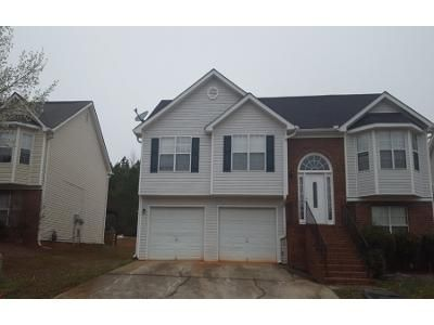 3 Bed 2 Bath Preforeclosure Property in Fayetteville, GA 30215 - Spring Lake Way