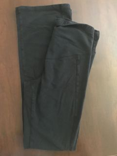 Old Navy size small maternity yoga pants