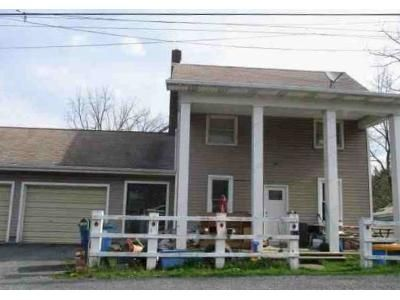 3 Bed 2 Bath Foreclosure Property in Everett, PA 15537 - W 5th Ave