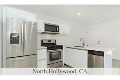 North Hollywood, 2 bed, 1 bath for rent. Carport parking!