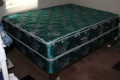 Great Deal on Queen Size Bed