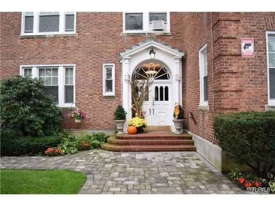 2 Bed 2 Bath Foreclosure Property in Hempstead, NY 11550 - Mulford Pl Apt 3g