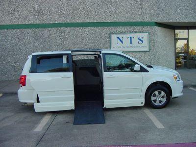 2012 Dodge Grand Caravan SXT (WHITE)
