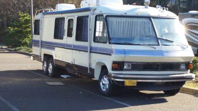 1982 Revcon 33'