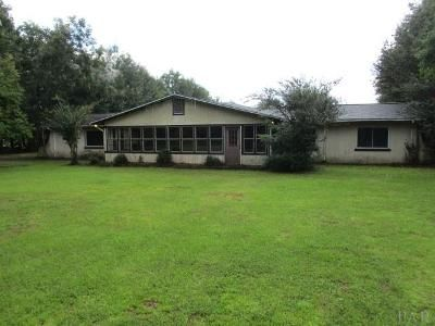 3 Bed 3 Bath Foreclosure Property in Cantonment, FL 32533 - Sandicrest Dr