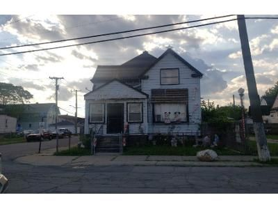 3 Bed 2 Bath Foreclosure Property in River Rouge, MI 48218 - Burke St
