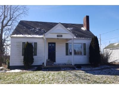 3 Bed 1 Bath Preforeclosure Property in London, KY 40741 - Keller Rd