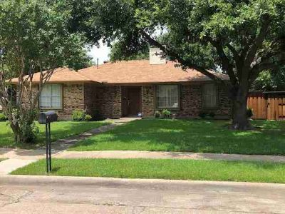1101 Princeton Drive RICHARDSON Three BR, Clean