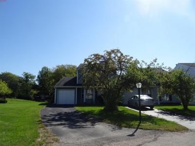 3 Bed 1.5 Bath Preforeclosure Property in Island Lake, IL 60042 - York Ln