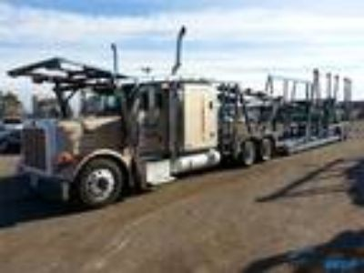 Used 2005 Peterbilt 379 for sale.