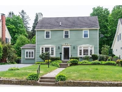 3 Bed 2 Bath Foreclosure Property in Woonsocket, RI 02895 - Gaskill St