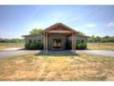 Special Purpose for Sale Country Lane Kennel