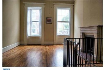 Beautiful 2bed-2bath Unit in Historic Townhome