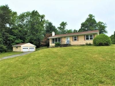 3 Bed 1 Bath Foreclosure Property in Poughkeepsie, NY 12603 - Vail Rd