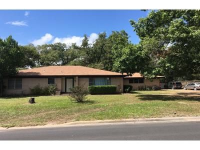 Preforeclosure Property in Sealy, TX 77474 - Meyer St