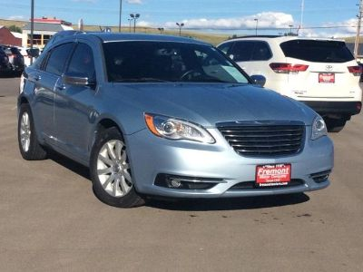 2013 Chrysler 200 Limited (Crystal Blue Pearl)