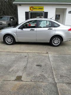 2011 Ford Focus SE (Silver)
