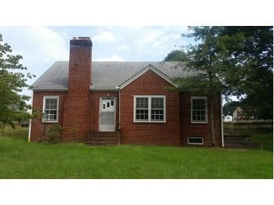 2 Bed 1 Bath Foreclosure Property in Kingsport, TN 37665 - Long St