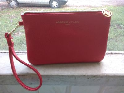 Adrienne Vittadini wallet with charger
