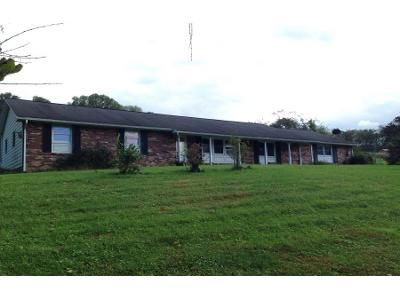 Preforeclosure Property in Dalmatia, PA 17017 - Turkey Hill Rd
