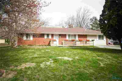 5906 Glasgow Road SYLVANIA Four BR, Well maintained brick ranch