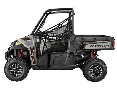 2014 Polaris Ranger XP 900 EPS LE Side x Side Utility Vehicles Clyman, WI