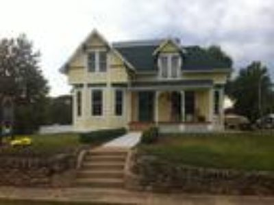 Inn for Sale: Buffaloe Inn