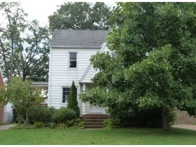 3 Bed 2 Bath Foreclosure Property in Cleveland, OH 44134 - Forestwood Dr