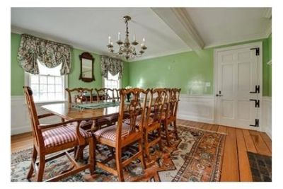 6 bedrooms House - Custom-built for the Gillette family in 1938. Washer/Dryer Hookups!