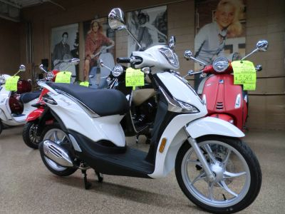 2019 Piaggio Liberty 50 250 - 500cc Scooters Downers Grove, IL
