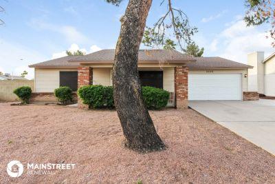 $1595 3 apartment in Glendale Area