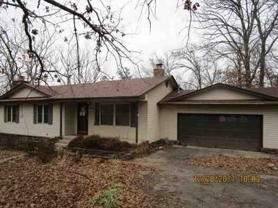 3 Bed 2 Bath Foreclosure Property in Tahlequah, OK 74464 - Oakridge Dr