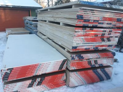 250 full sheets of Drywall