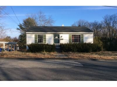 2 Bed 1 Bath Preforeclosure Property in Leominster, MA 01453 - Sylvan Ave