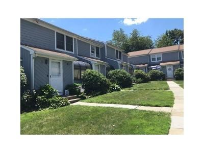 2 Bed 1.5 Bath Foreclosure Property in Stamford, CT 06902 - Seaside Ave
