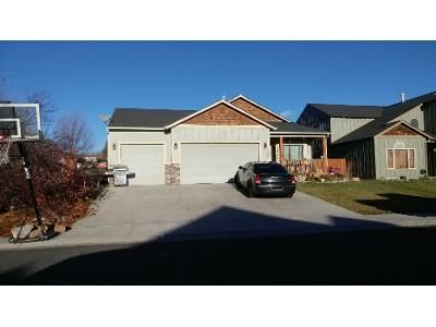 3 Bed 2 Bath Preforeclosure Property in Klamath Falls, OR 97603 - Amberview Ln