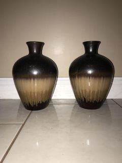 Home Decor - Floor, Table Matching Vases