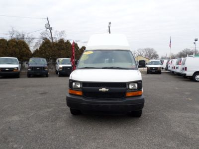 2007 Chevrolet Express 3500 3500 (White)