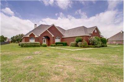 $305,000, 2485 Sq. ft., 1052 W Remington Park Drive - Ph. 970-393-3424