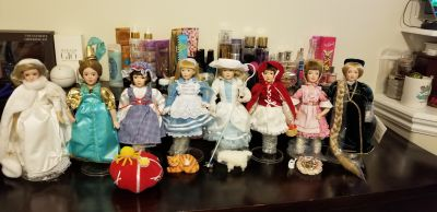 STORY BOOK PORCELAIN DOLLS