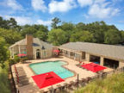Forest Pointe - One BR, One BA
