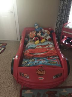 Lightening McQueen Toddler Bed