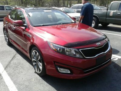 2015 Kia Optima SX Turbo (Maroon Or Burgundy)