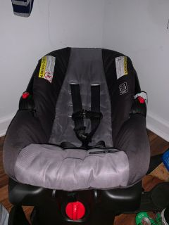 Graco click & connect infant carseat & base