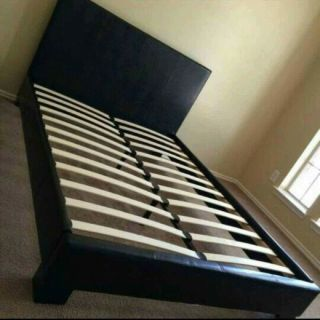 NEW,Queen Black Leather Bed